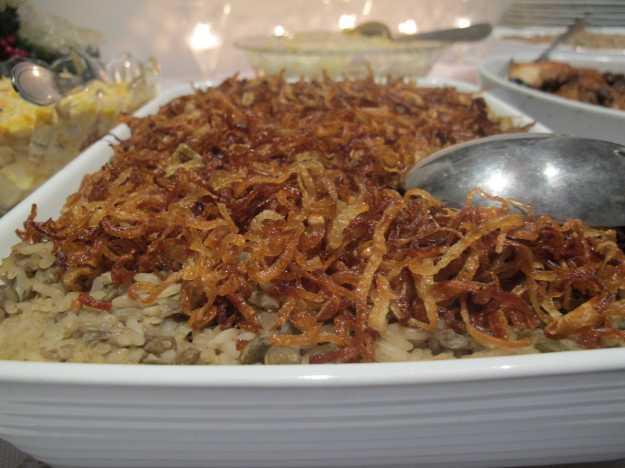 A receita da Dona Cavalierona.. Arroz de lentilhas maravilhoso com muita cebola crocante...