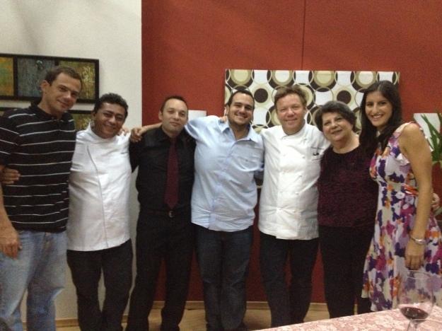 No fim todo mundo feliz com o sucesso do programa.. Chef Claude, Chef Batista e nós.. Alegria!