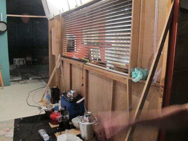 Esse é o fundo da cozinha.. Quem vê nem imagina como é bem feito..